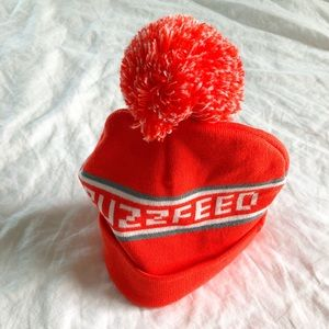 3e6c5507b8a buzzfeed Accessories - Buzzfeed Pom Pom Ski Hat Bright Orange